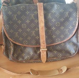 1992 Vintage Louis Vuitton Samuar 35